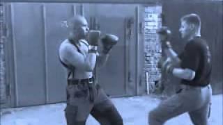 Гаражный бокс(, 2011-05-18T08:53:41.000Z)