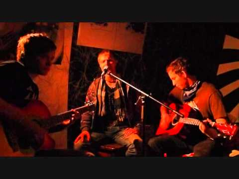 Her Eyes in Bloom - Never Regret (live acoustic @ Jamsession 03.03.2011)