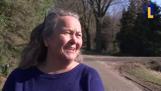 Óngerwaeg ziet een blaffende ooievaar in Egchel - 29 mrt 2019
