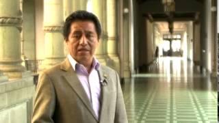 Ministro de Cultura y Deportes Carlos Batzin, felicita al Ballet Guatemala por su 66 aniversario
