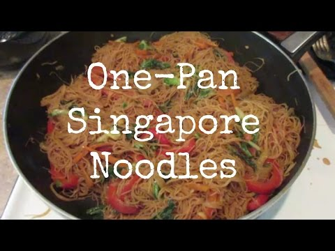 VEGAN RECIPE: ONE-PAN SINGAPORE NOODLES