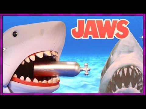 JAWS Shark Toy + BONUS Surprise Shark Eggs filled with Sharks, Toys + Sea Animals