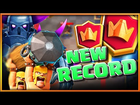 OMG! WE DID IT! • New Record in Clash Royale!