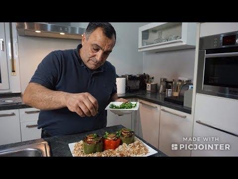 Болгарский перец фаршированный мясом и овощами  с гарниром из жаренной вермишели с рисом