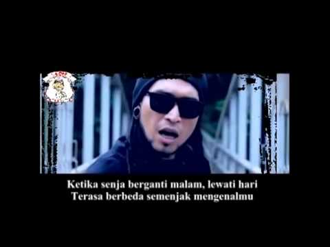 Triple X   Semakin Dekat Semakin Sayang   With Lirik   Lagu Bali Terbaru   YouTube