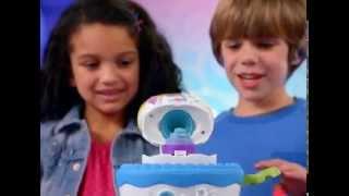Пластилин Play-Doh (Плэй До) Праздничный торт A7401(Купить эту игрушку можно здесь http://www.toysfest.ru/product/96225/ Праздничный торт от Play-Doh – это большой набор с разнооб..., 2015-01-27T08:27:34.000Z)