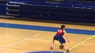 Саша Груич.  Тренировка для разыгрывающих и атакующих защитников в баскетболе