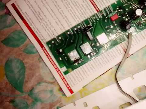 Ремонт холодильника LIEBHERR ICBN 3356 устранение утечки в запененной части.