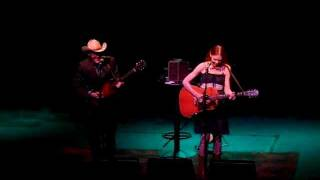 "GILLIAN WELCH - ""Silver Dagger"" live 7/7/11"