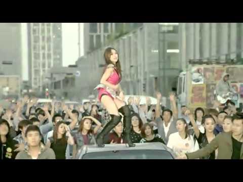 PSY - 'Gangnam Style' Music Video | RTM - RightThisMinute
