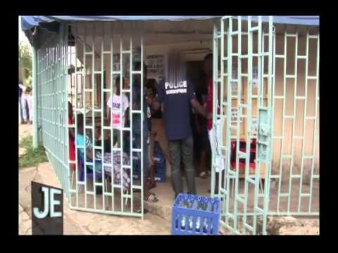 QUÉBEC  TVA   J.E.  Poursuit les Arnacoeurs  jusqu'en Afrique, Abidjan cote d'ivoire