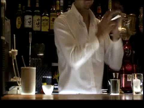 カクテルレシピvol.5  ごまカルアミルク