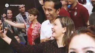 Moza Pramita ikut ber-MRT bersama Presiden Joko Widodo