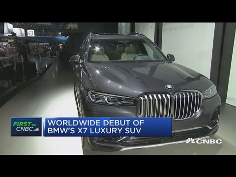 BMW debuts X7 luxury SUV