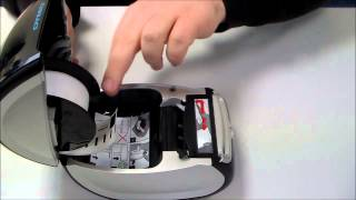 How to load a label roll in a DYMO LabelWriter
