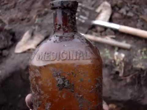 Goldsboro N C  Dump Day 7, Digging more Soda Bottles