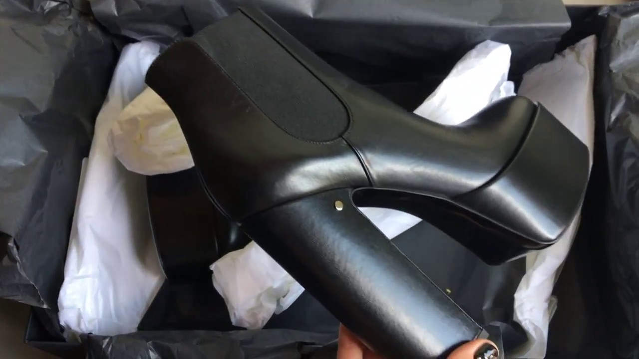 0802f76fe70 Laurence Dacade platform boots unboxing - YouTube