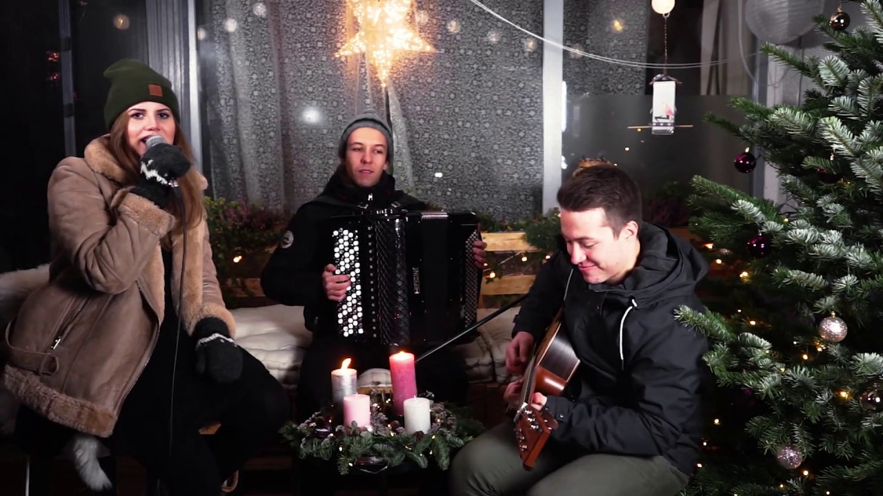 I'm Dreaming Of A White Christmas (Live Acoustic Cover) - Tanzbar
