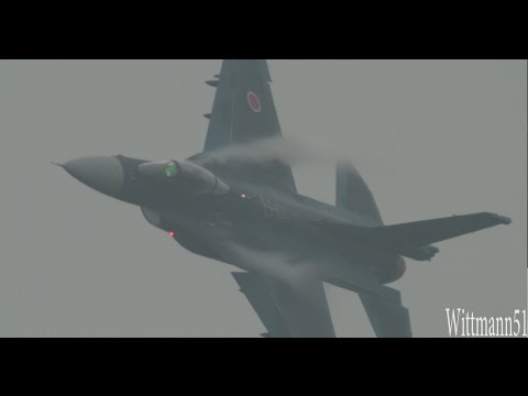 新田原エアフェス� - F-2機動飛行