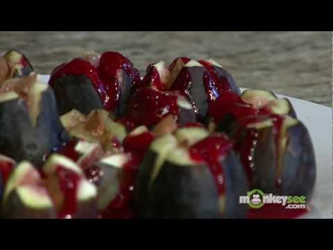 How to Make Almond Stuffed Figs with Raspberry Sauce