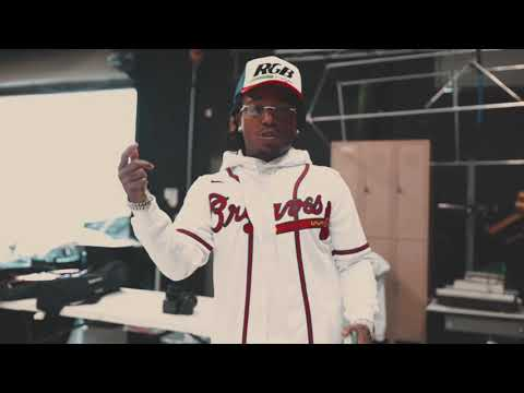 Смотреть клип Jacquees Ft. Erica Banks - No More Parties | Quemix