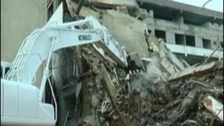 Shocking CCTV footage of building collapse in Wellawatta
