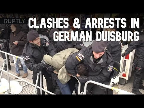 Clashes & arrests as counter-protesters outnumber Pegida rally in Germany