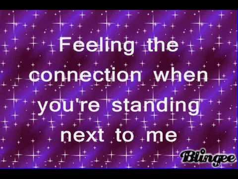 Demi Lovato- The Middle- on screen lyrics