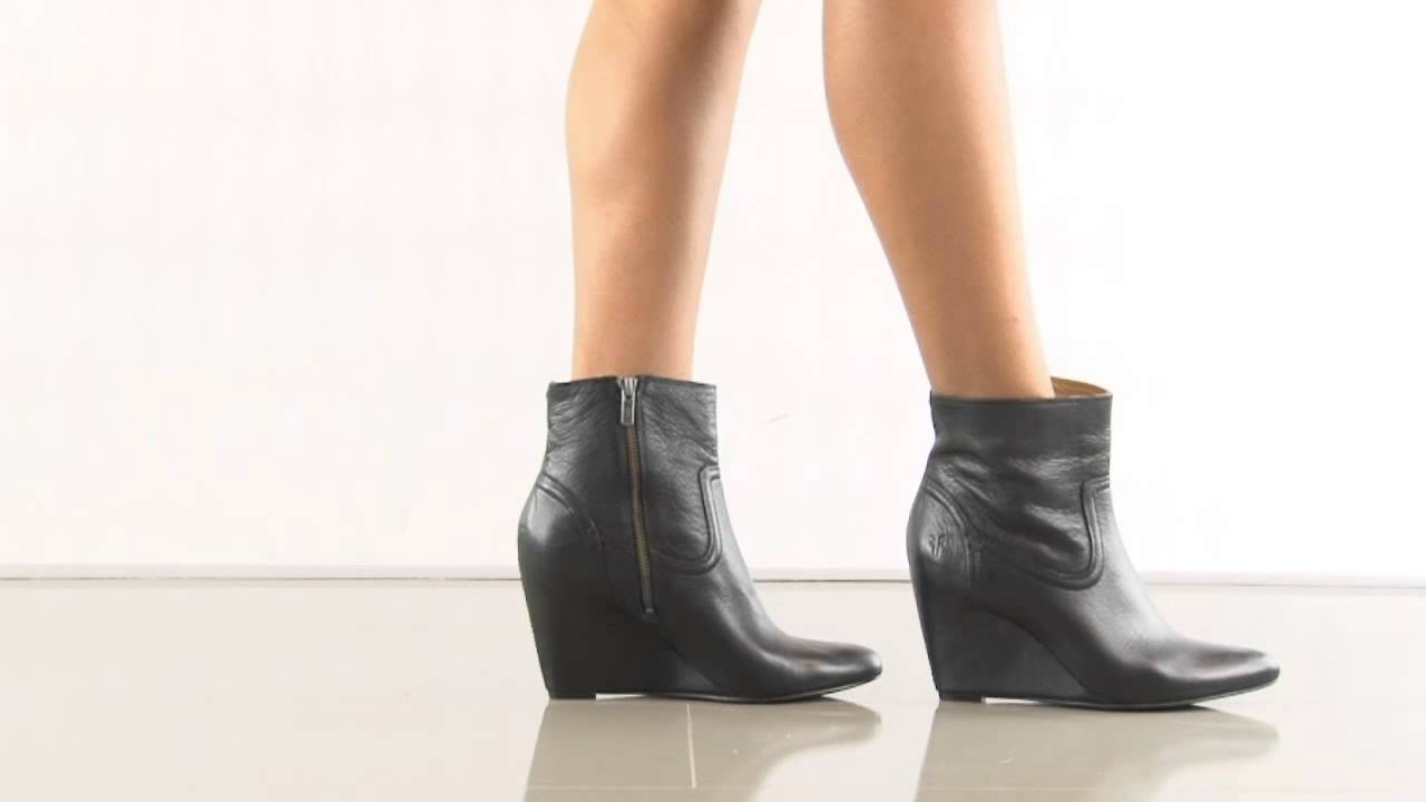 d51254b2b2f Regina Wedge Shrt 77014 in Blk Frye Shoes - YouTube