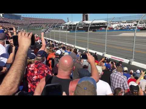 NASCAR Daytona 500 - 2/26/17 - Start Lap + 2 Laps