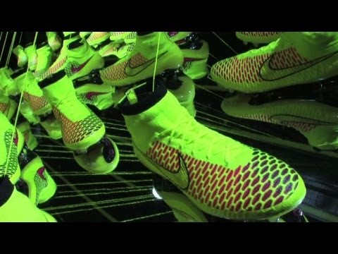 video di scarpe da calcio nike