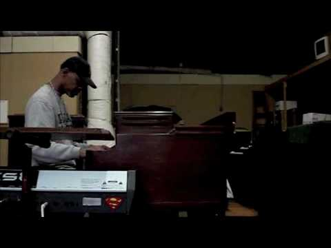 John Banks tests out a Hammond Organ
