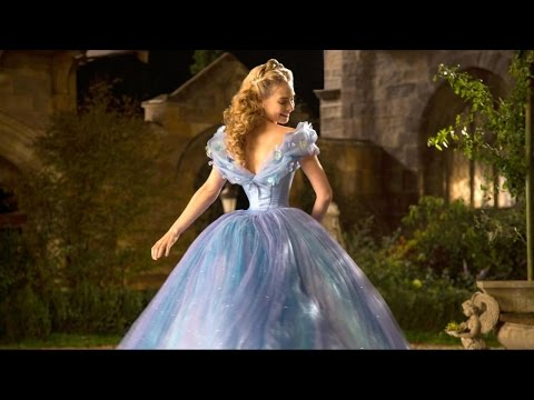 'cinderella'-star-responds-to-photoshopped-gown-rumors