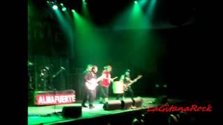 ALMAFUERTE   ♫  De Mandinga y Remolinos ♫  Estadio  Cubierto Malvinas Argentinas  07-07-12