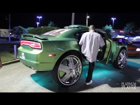 KING KONG DODGE CHARGER on 32 INCH DUB HAM