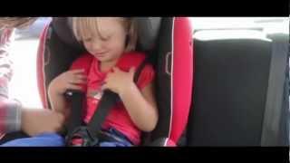 Kinderzitje in de auto correct vastmaken