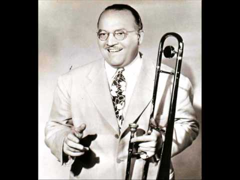 Pee Wee Hunt And His Orchestra - Lullaby Of Birdland