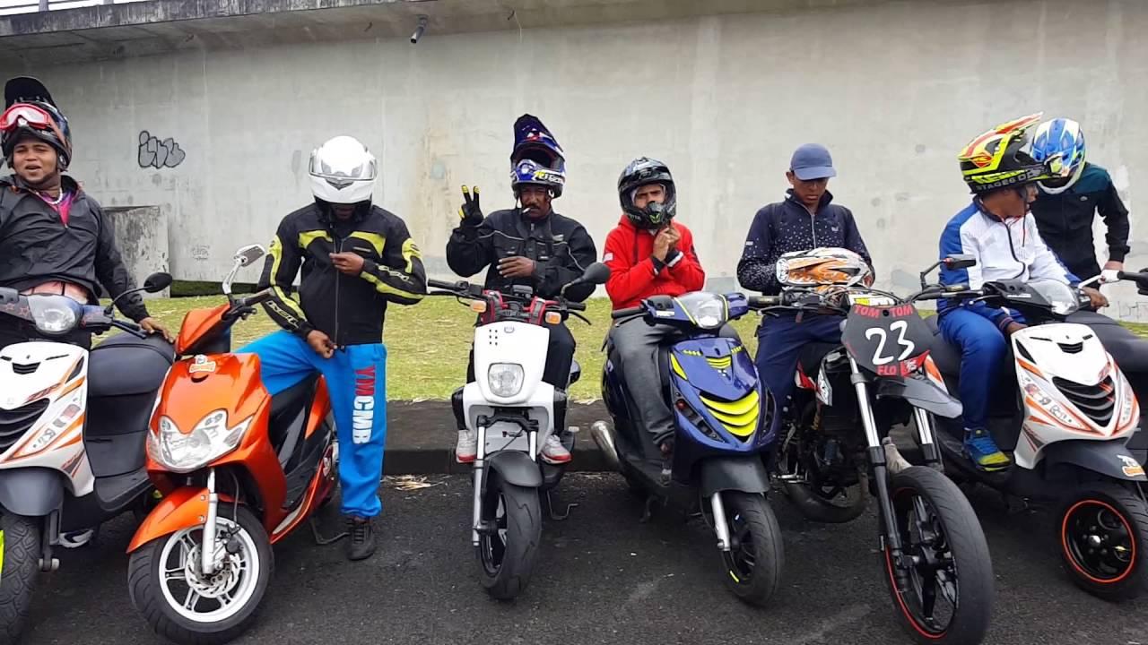 Accessoire moto 974