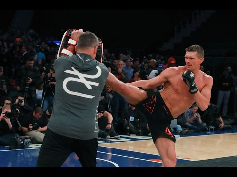 UFC 205: Stephen Thompson Throws Deadly Kicks at Open Workout!