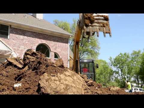 Hunt Construction & Excavating LLC - Thompson Machinery