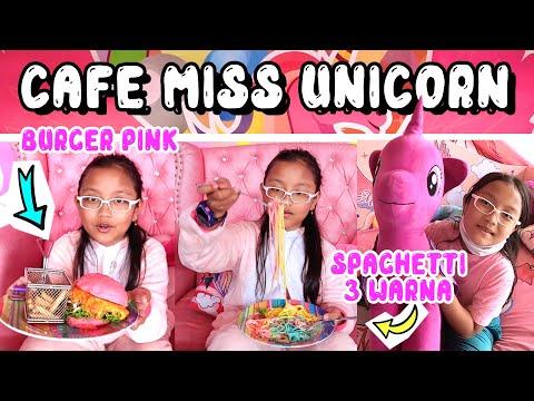 cafe-unicorn-tempat-makan-paling-seru-dan-lucu-untuk-anak-anak-|-makan-sambil-main-boneka-unicorn