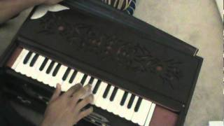 Learn How to Play Harmonium - Kabhi Pyase Ko Paani