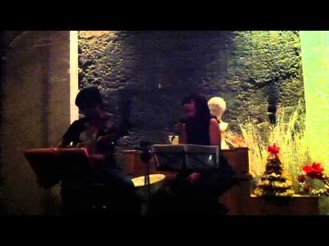 Ngoi Nha So 7 cafe - Tinh nhan (Nam Huong)