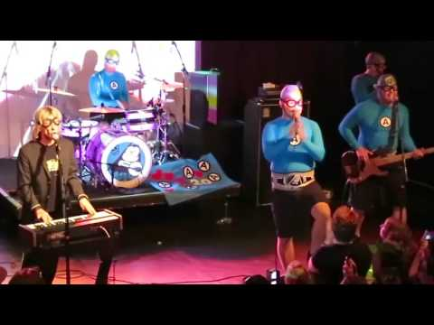 The Aquabats & Greg Hawkes - Just What I Needed (The Cars)
