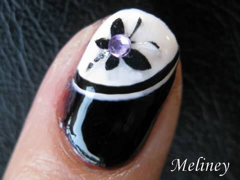 nail art tutorial black & white