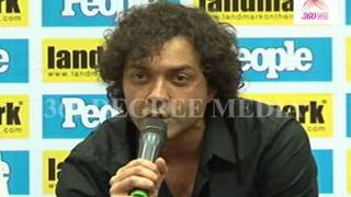 """Bobby Deol Says that his Father """"Dhramendra"""" Giving to him Acting tips, When he is down in Acting"""