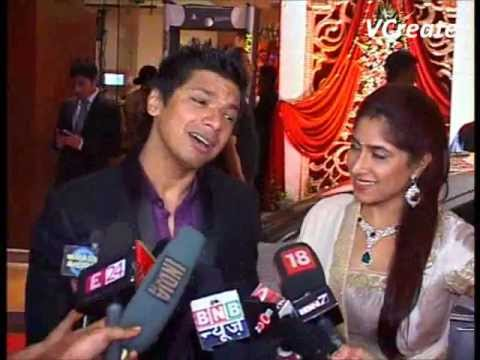 Shaan and his wife at Bappa Lahiri's marriage party.flv