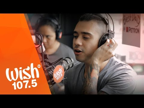 "Jason Fernandez performs ""Pare Ko"" (Eraserheads) LIVE on Wish 107.5 Bus"