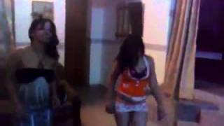 رقص عراقيات بالبادي والشورت القصير.
