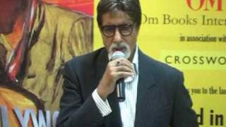Big B launches 'Bollywood in Posters'